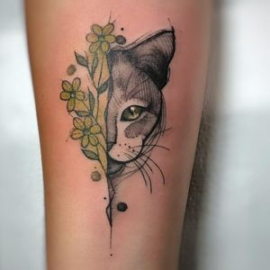 #RenataHenriques #RehTattoo #brasil #brazil #brazilianartist #TatuadorasDoBrasil #aquarela #watercolor #sketch #colorido #colorful #gato #cat #flor #flower #folha #leaf #catlover #pet #petlover