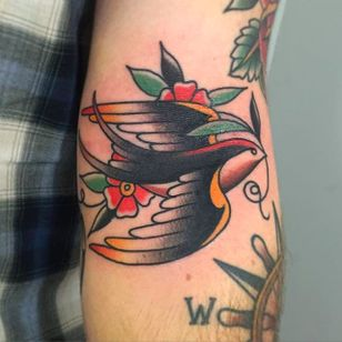 Cute little swallow bird tattoo by Nate Graves. #NateGraves #Sacred #michigan #neotraditional #swallow #bird