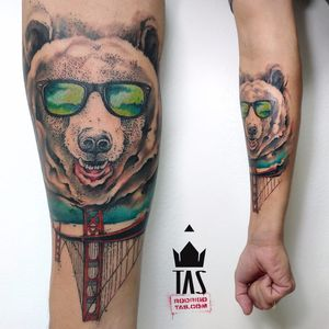 Por Rodrigo Tas! #RodrigoTas #TatuadoresBrasileiros #Aquarela #Watercolor #pontilhismo #dotwork #urso #bear #beartattoo #ursotattoo