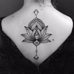 Ornamental. #MateusMattar #blackwork #geometria #geometry #TatuadoresDoBrasil