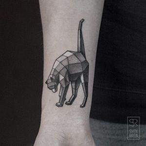 Cat by Sven Rayen (via IG-svenrayen) #cat #geometric #linework #3D #animal #blackandgrey #illustrative #SvenRayen