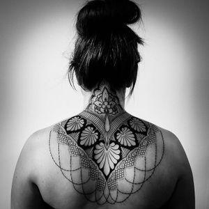 Geometric nape tattoo by cats_tattoo_ #nape #sacredgeometry #geometric #mandala