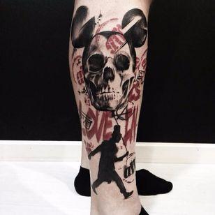 Graphic tattoo by Beppe Lazzari #BeppeLazzari #trashstyle #graphic #trashpolka #skull #mickeymouse
