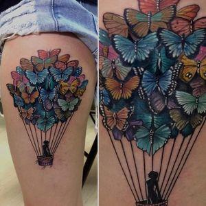 Um balão de borboletas #RodrigoLobão #RodrigoRodrigues #brasil #brazil #tatuadoresdobrasil #brazilianartist #realismo #realism #balao #baloon #borboletas #butterfly #girl #garota #woman #mulher