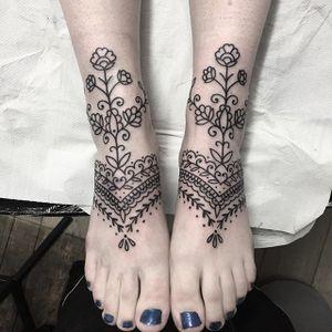 Valeria Marinaci #ValeriaMarinaci #linework #pattern #ornamental #tattoooftheday