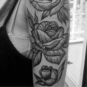 Roses make a beautiful sleeve tattoo #Linework #Rose #RoseTattoo