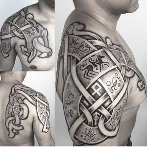 Epic shoulder tattoo by Sean Parry #SeanParry #nordic #viking #handpoked #handpoke #dotwork
