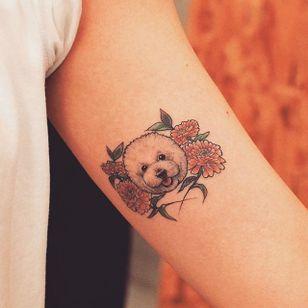Dainty dog tattoo by Grain. #Grain #TattooistGrain #fineline #animals #dog #cute #pretty #flowers #pet