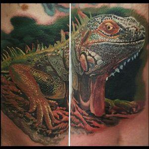 Iguana Tattoo by Soma Zöld #iguana #iguanatattoo #lizardtattoo #lizardtattoos #reptiletattoo #reptiletattoos #reptile #lizard #portraittattoo #realism #realsticiguanatattoo #SomaZold