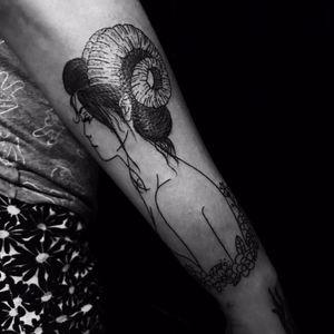 Mulher por Rhay Farinna! #RhayFarinna #TatuadorasBrasileiras #TattooBr #SãoPaulo #woman #mulher #delicate #delicada #ArtFusion #ArtFusionConcept