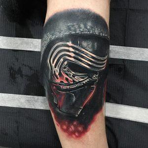 Kylo Ren Tattoo #KyloRen #Portrait #ColorPortrait #ColorRealism #PopCulture #AlexRattray