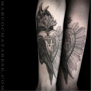 Sacred heart tattoo mixed with a crow #crow #sacredheart #MarcoMatarese #engraving #bw