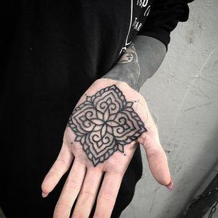Palm Tattoo by Marcel Birkenhauer #palm #palmtattoo #blackwork #blackworktattoo #blackink #blackworkartist #berlin #MarcelBirkenhauer