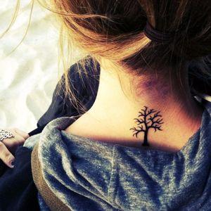 Leafless tree tattoo, via Pintrest #leaflesstree #tree #noleaves #fall #nature #blackwork