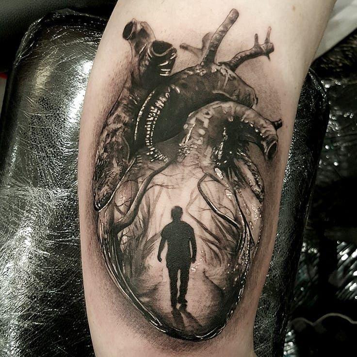 Anatomical heart tattoo by Luke Sayer #LukeSayer #blackandgrey #realistic #horror #anatomicalheart