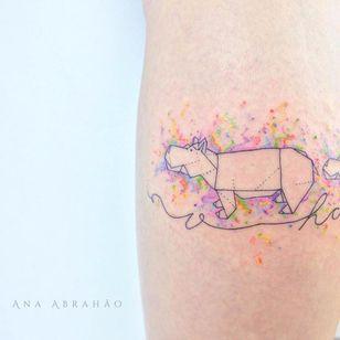Popotinho! Hipopotamo #hippo #AnaAbrahão #fineline #traçofino #delicadas #delcates #fofas #cute #TatuadorasDoBrasil #presuntinhas #aquarela #watercolor