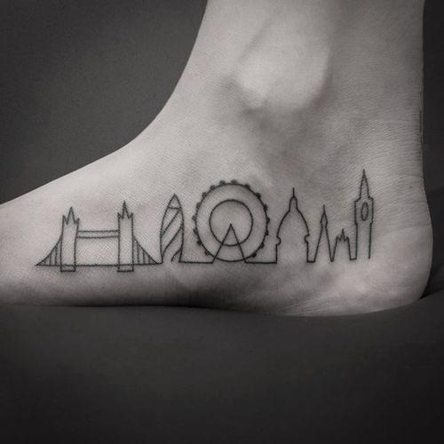 London skyline tattoo by Natalia Holub #NataliaHolub #handpoke #linework #minimalistic #londonskyline #london #skyline