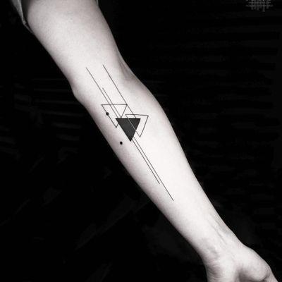 Shapes and lines tattoo by Okan Uckun #OkanUckun #geometrictattoos #blackwork #linework #dotwork #triangle #shapes #abstract #minimal #small #tattoooftheday
