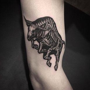 Bull tattoo by @Garaskull #skeleton #black #blackwork #xray #bull