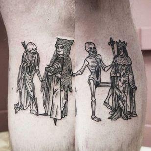 Danse macabre tattoo by Neal Panda #NealPanda #medievalart #dansemacabre #skeleton #king