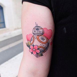 BB-8 tattoo by Lou DC. #LouDC #kawaii #girly #cute #pinkwork #starwars #bb8 #popculture