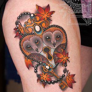 Hoot hoot by Chris Rigoni (via IG-chrisrigonitattooer) #owls #leaves #fall #autumn #heart #key #color #chrisrigoni