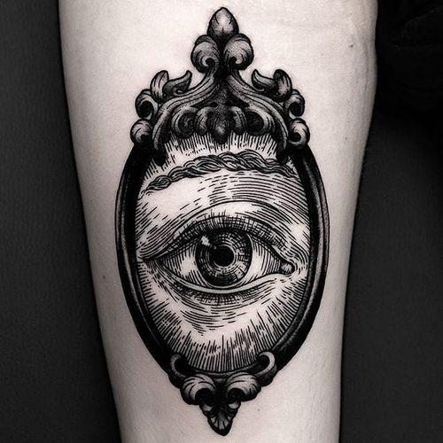 A rather surreal eye in a Victorian mirror by Ilja Hummel (IG— iljahummel). #black #eye #illustrative #IljaHummel #mirror