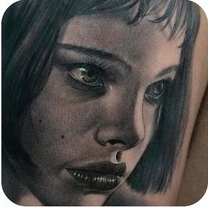 Mathilda of a cult crime filme Leon #realistic #blackandgrey #Mathilda #Leon #LeonTheProfessional #portrait, artist unknown. #realism