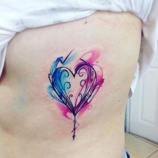 Heart Tattoo by Adrian Bascur #Watercolor #WatercolorTattoos #WatercolorArtists #BoldWatercolor #BestWatercolor #ModernTattoos #ContemporaryTattoos #AdrianBascur #Heart #Hearttattoo