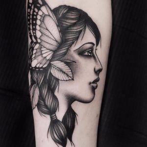 Woodland sprite by Roald van den Broek #Roaldvdbroek #RoaldvandenBroek #portrait #blackandgrey #blackwork #dotwork #newtraditional #butterfly #lady #nature #leaves #fairy #tattoooftheday
