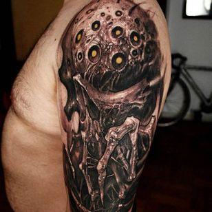 Parasite Tattoo by Matias Felipe #parasite #darkart #darkink #darkartist #blackwork #blackandgrey #MatiasFelipe