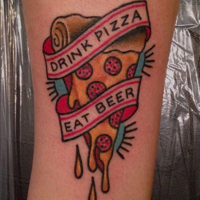 Eu <3 pizza #AllieMarie #PizzaTattoo #pizzalovers #pizza #pizzaday #diadapizza