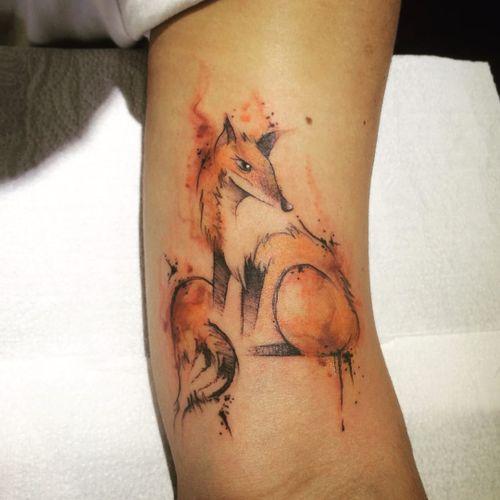 Raposinha! #DanielArtDesign #TatuadoresDoBrasil #TattoodoBR #aquarela #watercolor #sketch #raposa #fox #animal #natureza #nature