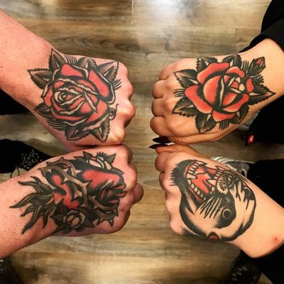 All the hand tattoos by Alberto Triguero #AlbertoTriguero #rosetattoos #color #traditional #rose #flower #leaves #panther #sacredheart #heart #thorns #fire #leaves #nature #wildlife #tattoooftheday
