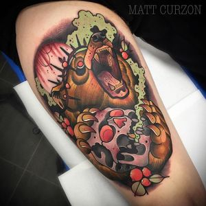 Neo Traditional Bear Tattoo by Matt Curzonn #NeoTraditionalBear #NeoTraditional #BearTattoos #BearTattoo #MattCurzon #bear