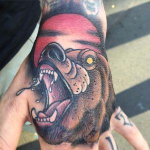 Neo Traditional Bear Tattoo by Rene Zinnn #NeoTraditionalBear #NeoTraditional #BearTattoos #BearTattoo #ReneZinn #bear