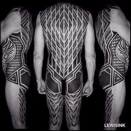 Back tattoo by Lewis Ink #patternwork #patternworktattoo #backpiece #backpiecetattoos #backtattoo #blackwork #blackworktattoo #geometric #geometrictattoo #LewisInk