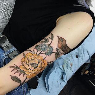 Wild Rose and Robin by Sophia Baughan (via IG-sophiabaughan) #neotraditional #artnouveau #color #naturalist #bird #robin #rose #SophiaBaughan