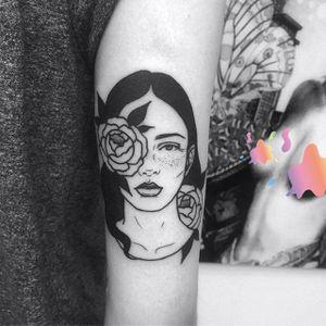 Freckles by Lydia Marier (via IG-lmariera) #illustrative #blackink #ladyhead #girlsgirlsgirls #LydiaMarier