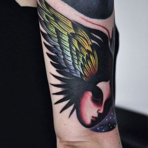 Winged head. (via IG - surowiec) #trippy #freeform #psychadelic #MarcinSurowiec
