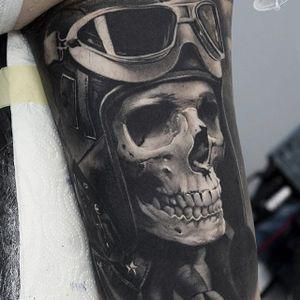 Black and grey skull realism by Sergey Butenko #SergeyButenko #blackandgrey #skull #pilot #aviator #realism #tattoooftheday