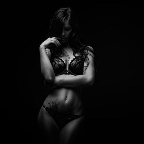 Model photographed by Florian Böcking #FlorianBöcking #photography #tattooedmodel #lingerie