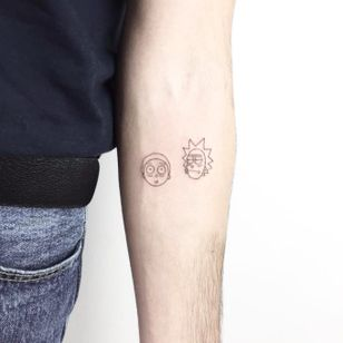 Rick and Morty tattoo by Cagri Durmaz #CagriDurmaz #rickandmorty #drawing #doodle #sketch #sketchbook #blackworkerssubmission #blackworkers #linework #blackwork #small #little #minimal #minimalist #micro