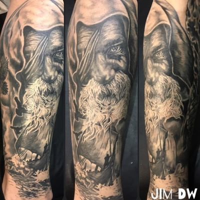 An amazing black and grey portrait of Odin by Jim DW (IG—jim_dw). #AmericanGods #blackandgrey #JimDW #Odin