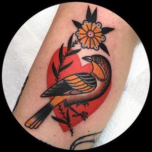 Heart and Bird by Leonie New (via IG-leonienewtattoos) #leonienew #traditional #color #girly #pretty #ChapelTattoo