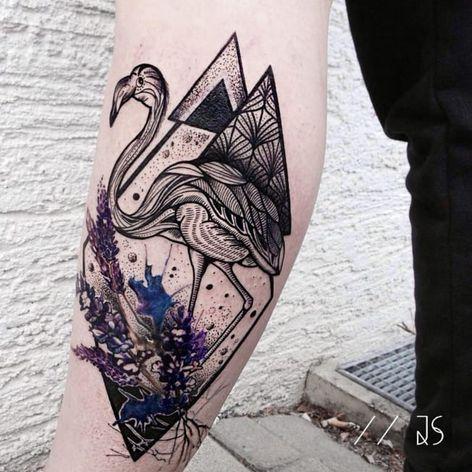Flamingo tattoo by Jessica Svartvit #geometric #flamingo #JessicaSvartvit #flowers