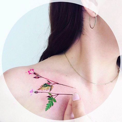 Small flower stem on the collarbone Tattoo by Pis Saro @Pissaro_tattoo #PisSaro #PisSaroTattoo #Nature #Watercolor #Naturetattoo #Watercolortattoo #Botanical #Botanicaltattoo #Crimea #Russia