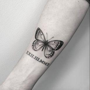 Butterfly by Lazer Liz #lazerliz #butterfly #microtattoo #blackandgray