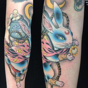 Tattoo by Wendy Pham #WendyPham #TaikoGallery #WenRamen #newtraditional #color #Japanese #mashup #bunny #rabbit #animal #flowers #floral #moon #kimono #riceballs #vase #rope