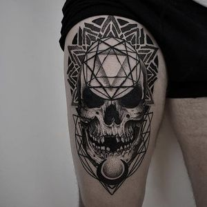 Black and grey skull by Otheser #Otheser #blackandgrey #geometric #skull #tattoooftheday